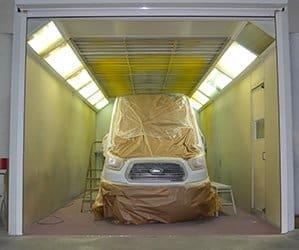 Taller de reparación de vehículos industriales