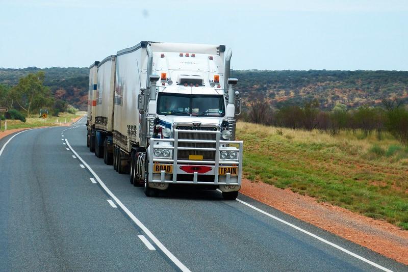 conducir camiones durante el verano